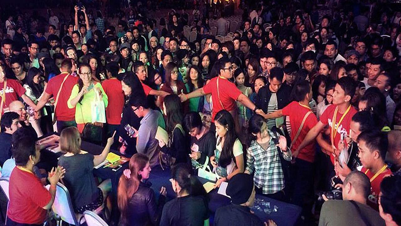Crowd 2 3 1