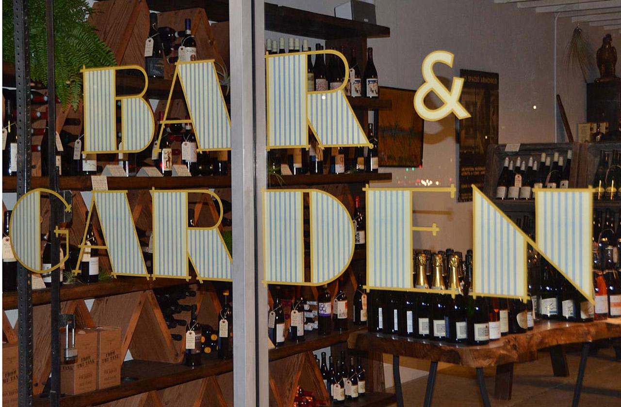Bar Garden 6